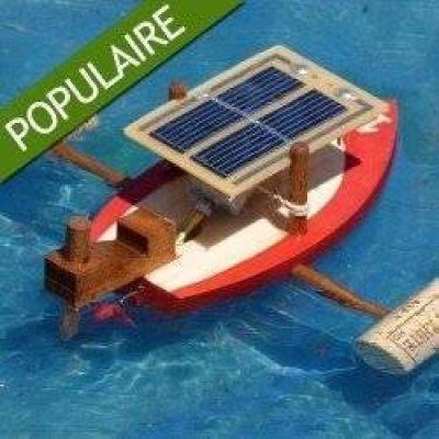 Maque solaire construction d'un Bateau en bois